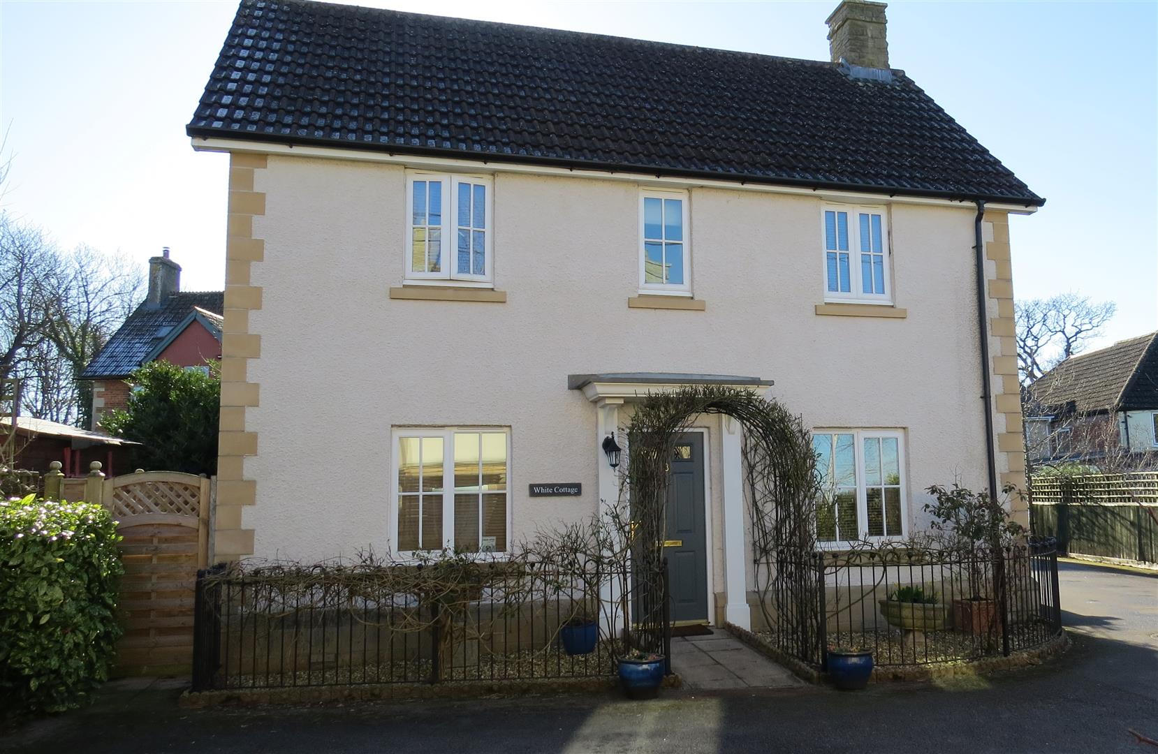 3 Bedrooms House for sale in Eadreds hyde, Quemerford, Calne
